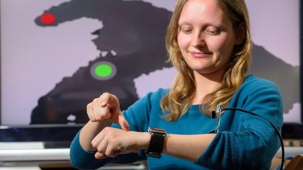 WatchSense概念:隔空与智能手表交互