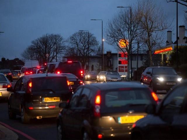 英国将于2040年禁止销售汽油、柴油车