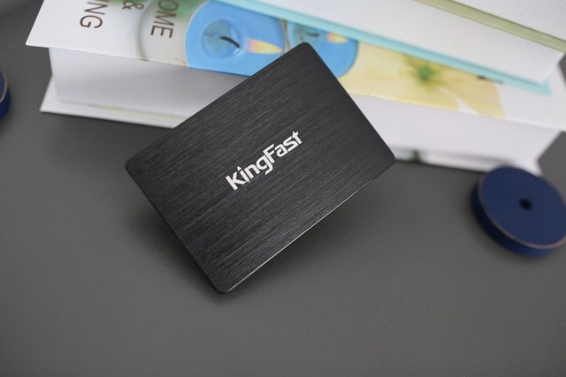 解密金速旗舰固态硬盘产品G-One:颜值担当