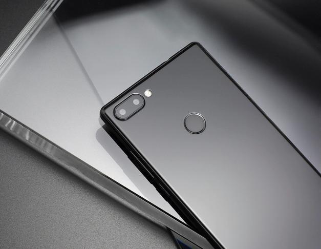 这款Mix 2手机售价仅千元 小米你怎么看