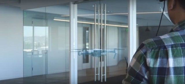 爱普生和大疆推出在客厅玩无人机AR应用