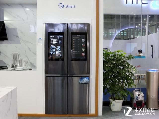 带21.5吋触摸屏!围观美的新品智能冰箱