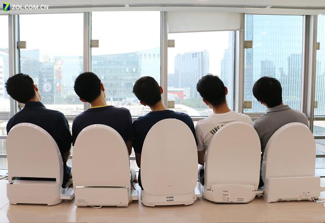 中日美的对决 电商热销5款智能马桶盖横评预告