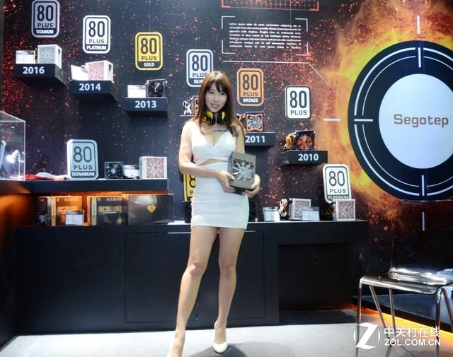 钛金1600W全模 鑫谷旗舰电源亮相台北展