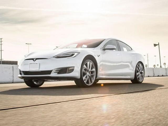 电池生产成本降低 特斯拉宣布顶配车降价