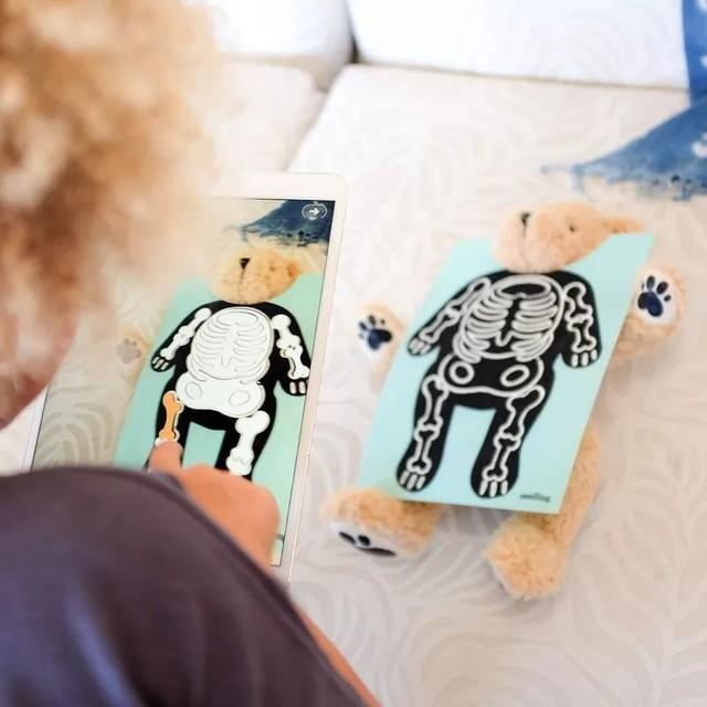 """苹果公司正在卖一个叫""""帕克""""的玩具熊"""