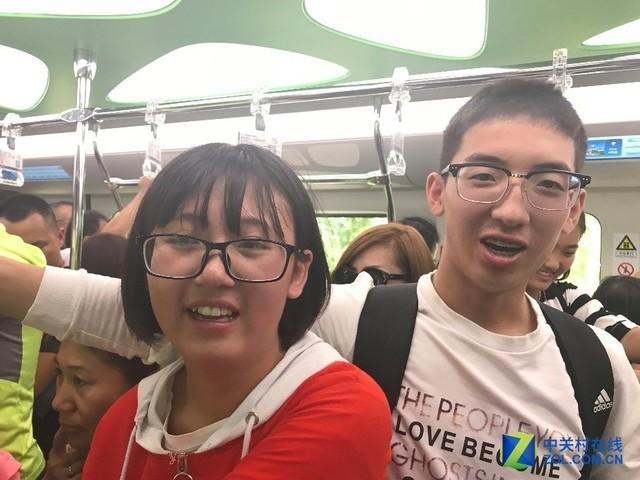 比亚迪云轨开通运营3天 超17万人次乘坐