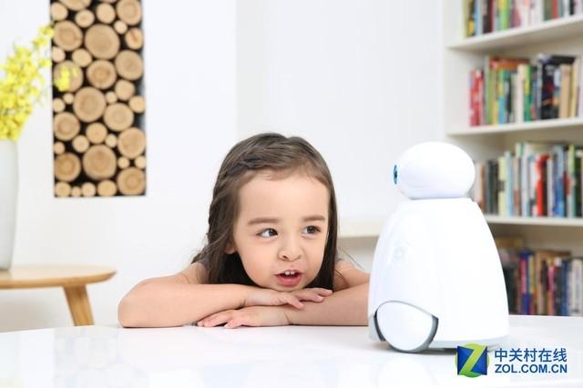 给孩子的礼物 奥科流思零号机器人评测