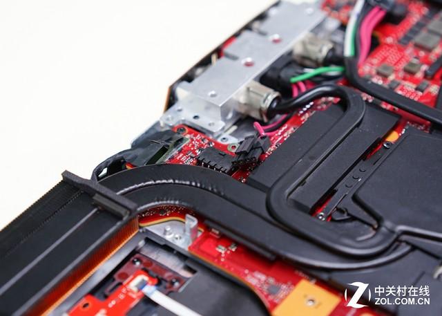 首台水冷笔电有何创新?华硕GX700拆解