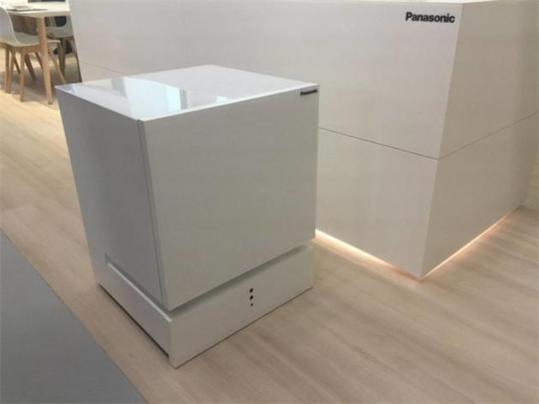这个冰箱很听话松下推会自主移动的冰箱