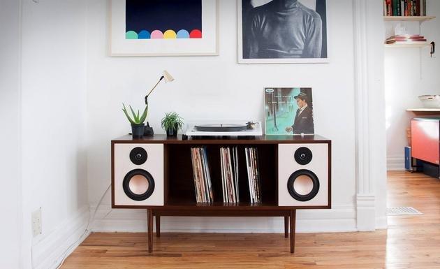 当科技与家居融合:书柜变身Hi-Fi音响