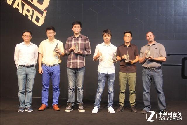 联想拯救者R720勇夺黑金游戏终端产品奖