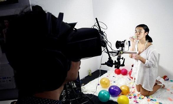 日本东京FutureLeap展示 VR女友完美诞生