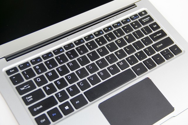 超低价轻薄本的黑马 中柏EZbook 3 Pro评测