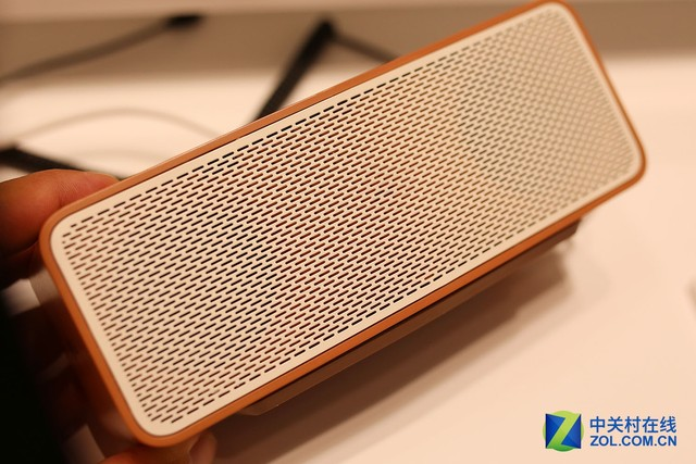 IFA2015 LG新品时尚奢华蓝牙音响产品