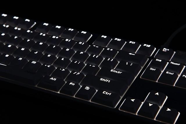 支持双系统 雷柏MT500办公背光机械键盘图赏