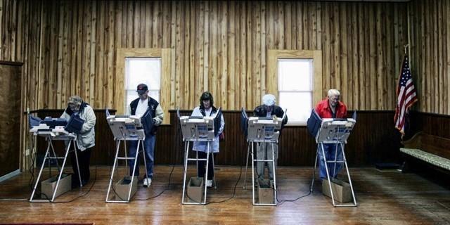 比路由器更容易 选举投票机被黑客破解