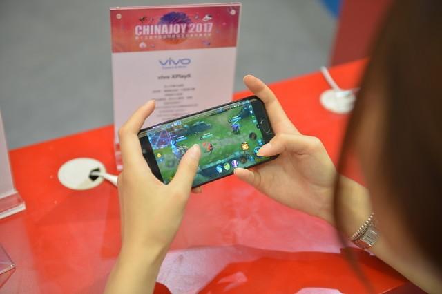 掌游新选择 vivo Xplay6玩手游不要太爽