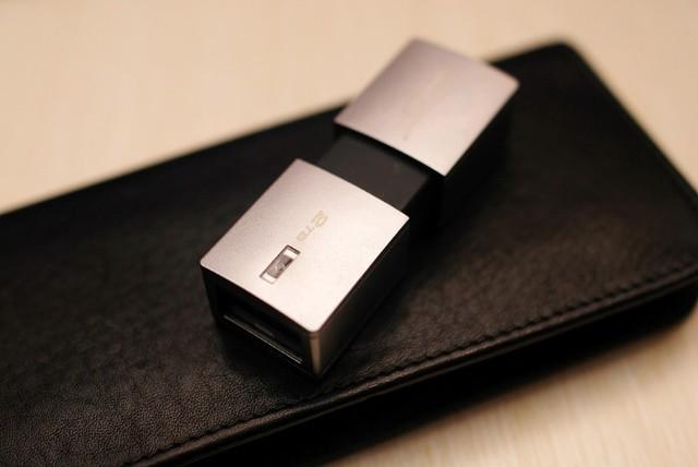 移动U盘的容量革命—金士顿2TB随身闪存盘抢先体验