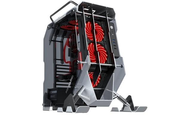 突破机箱传统造型 游戏悍将酷.雪地摩托