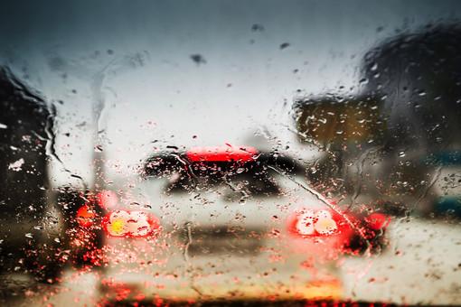 下雨报警器电路