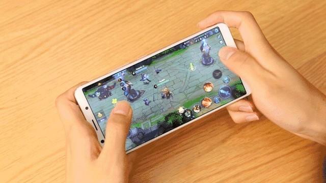 全面屏vivo X20游戏实测 王者荣耀绞肉机