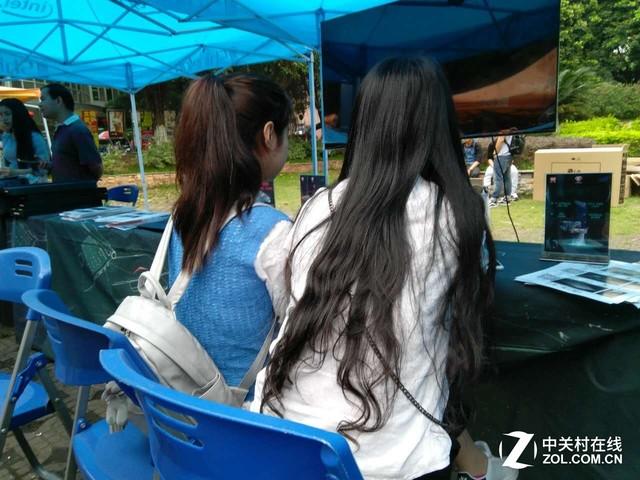 炫龙校园行广东暨南大学女同学太热情