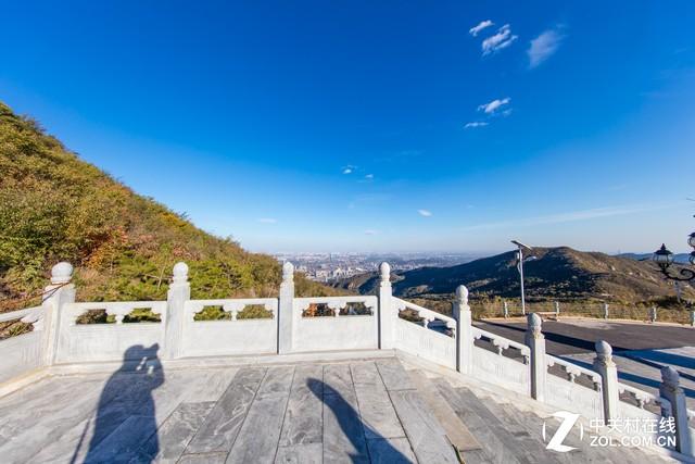 大C游世界 登上定都阁俯瞰整个北京城
