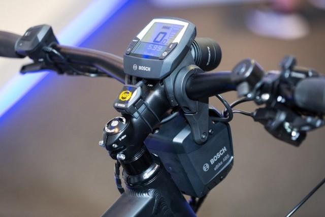减少25%事故 博世展示电动车ABS系统