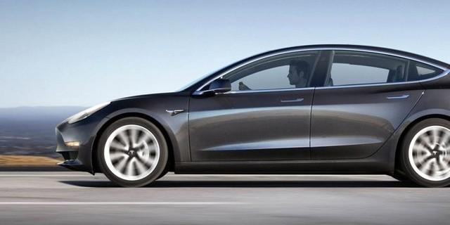 特斯拉将推升级版Model 3 配空气悬挂