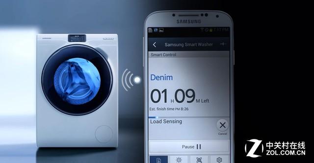 把衣物放进洗衣机按下开始按钮是我们唯一