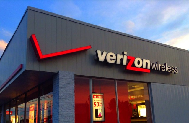 "Verizon""玩不起""无限流量 给用户断网"