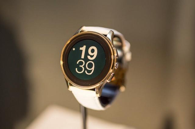 Fitbit收购智能手表公司 与苹果争高低