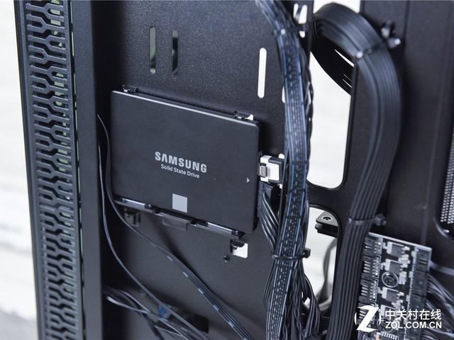 安装硬盘图片
