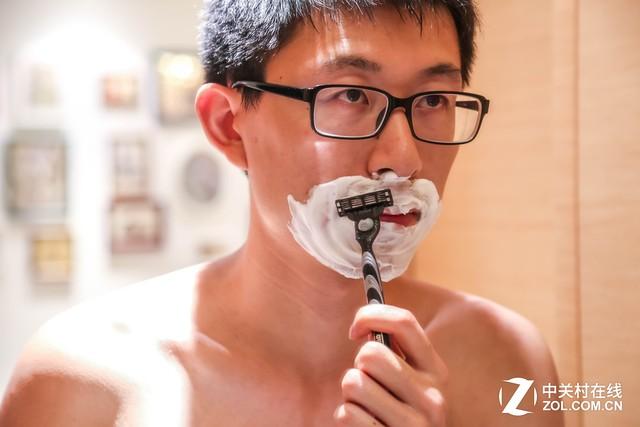 理容的诱惑 为什么精致男人都用手动剃须刀
