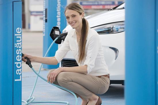 苏格兰拟2032年全面禁售汽油与柴油车型