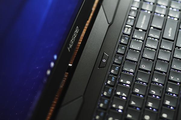 战神Z7M-SL7搭GTX965M配i7芯仅4999元