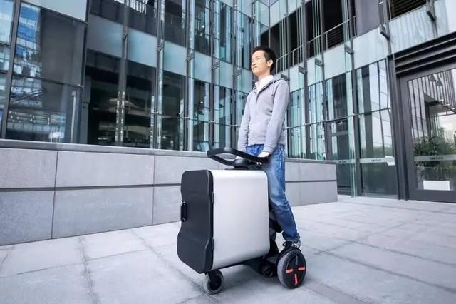 用平衡车送外卖 Intel推出配送机器人