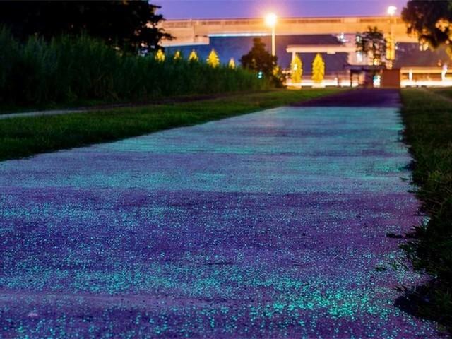 新加坡测试发光街道 网友直呼美翻了!