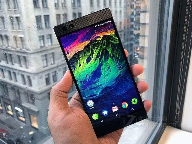 雷蛇手机微软商城开售 售价699.99美元