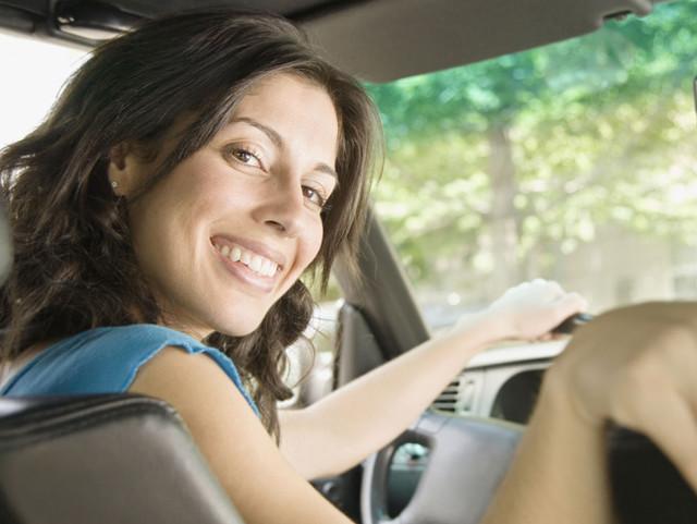 """女士如何安全驾驶?才能避免变""""马路杀"""""""