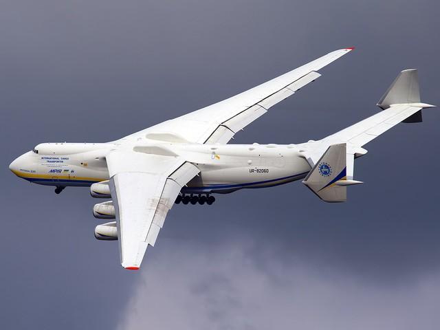 坐飞机都见过 机翼上这些玩意是什么?