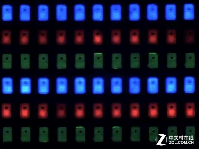 初生牛犊不怕虎 Micro-LED如何抗衡OLED