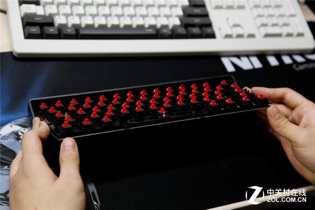 背光的奴隶 杨阿壮Poker键盘加灯记