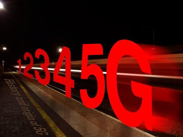 """""""技""""惊四座 从MWC17看手机技术未来趋势"""