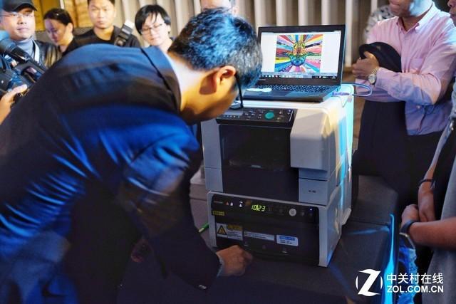印无界创无边 理光乐褆数码直喷印花机