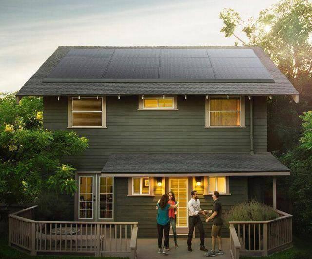 特斯拉太阳能屋顶完成第一批项目安装