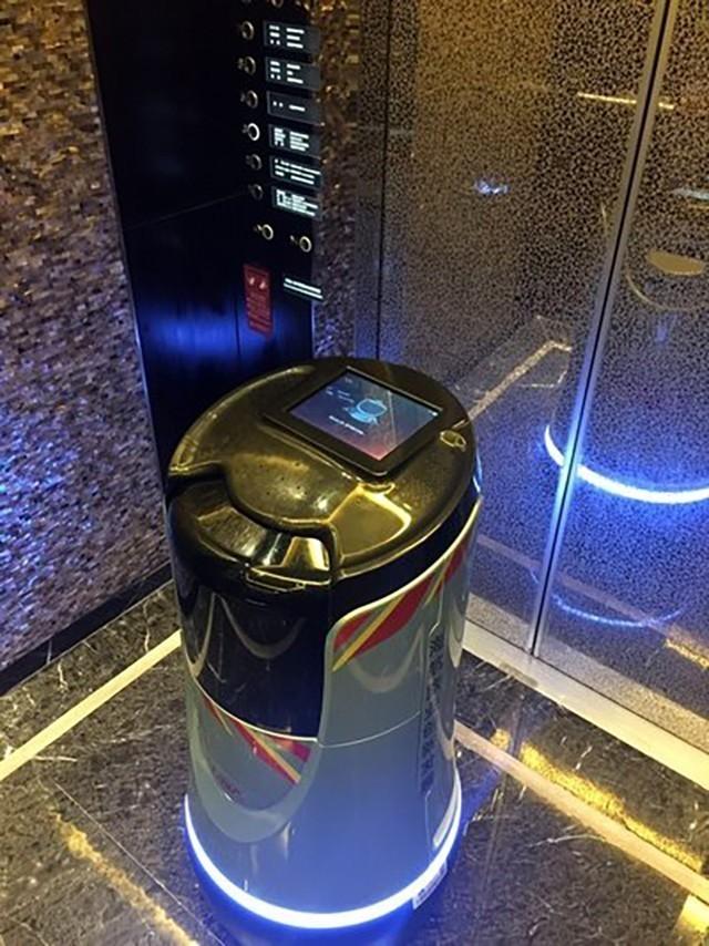 云迹科技完成数千万A轮融资 酒店服务机器人会成为下一个风口?