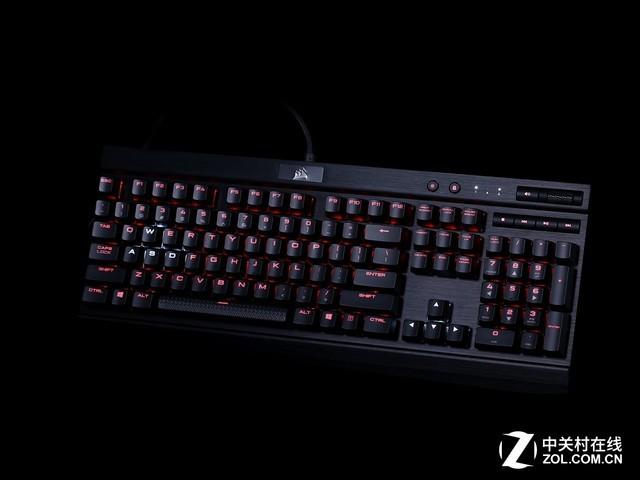 全新字体设计 海盗船K70 LUX RGB机械键盘评测