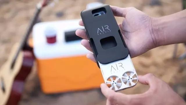 Airselfie无人机:真正的掌上会飞的相机